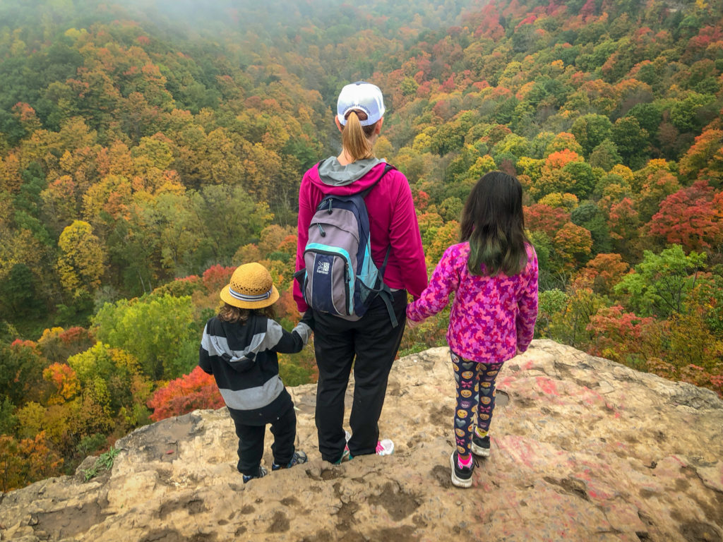 hiking at dundas peak #adventureparenting #getoutside