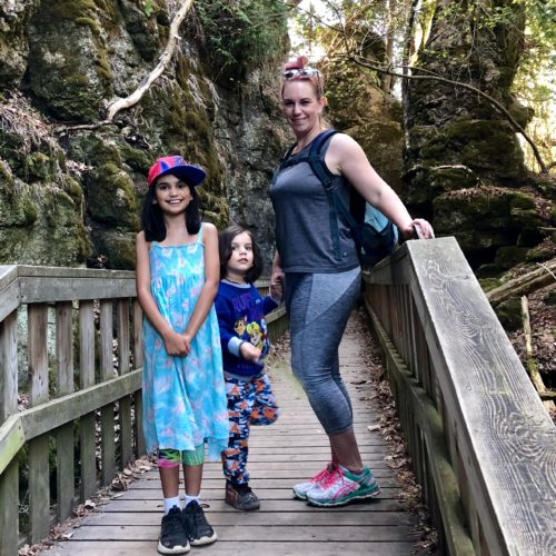 Mono Cliffs Provincial Park, mother's day hike #discoverON #exploremore #monocliffs #provincial park #getoutside #liveoutdoors #ontarioparks #welivetoexplore #familytravelblogger #hikingwithkids #kidswhohike #hikingmom