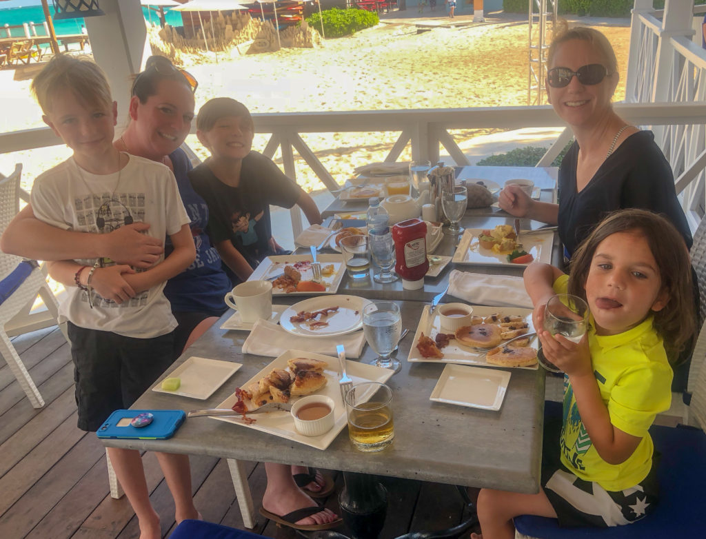 Dining with Hypothyroidism at Beaches Resort in Turks and Caicos #thyroid #thyroidhealth #hypothyroid #hypothyroism #hashimotos #dietaryrestrictions #restaurantsatbeaches #beachesmoms #beachesturksandcaicos #beachesresorts #schooners