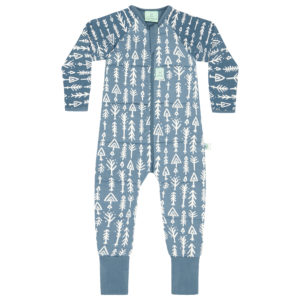 Sleeping Bag or Sleep Suit Bag and is specially designed for kids aged one to five years #winteronesie #ergopouch #pouchlife #designedforsleep #layers #trianglepops #midnightarrows