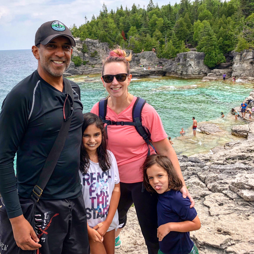 Family on the trail to the grotto at Bruce Peninsula National Park #grotto #brucepeninsula #familyhike #thegrotto #tobermorygrotto