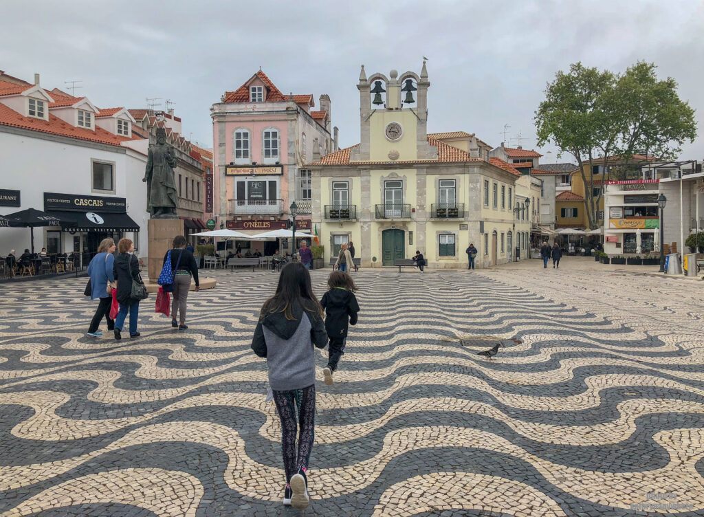 Running the square of Cascais