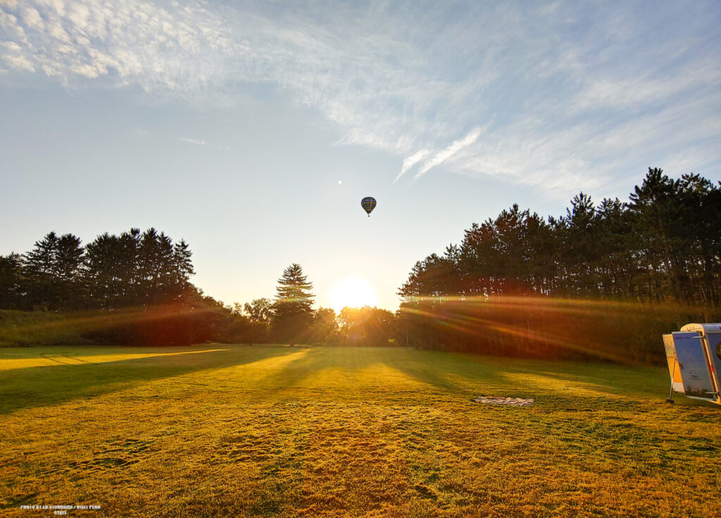 Sunrise air balloon ride family vacation in State College, PA. Photo by Ed Stoddard / Visit Penn State / State College / Communications Director Central PA Convention & Visitors Bureau www.visitpennstate.org