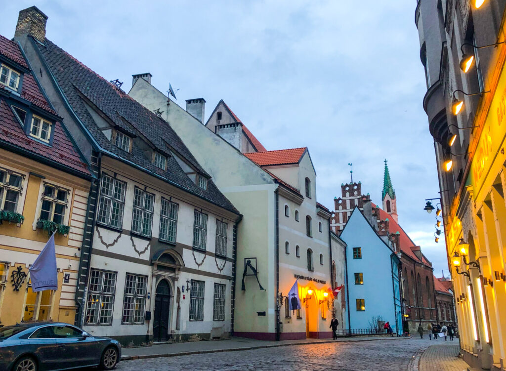 Free things to do in Riga, Latvia? Wander the old town area