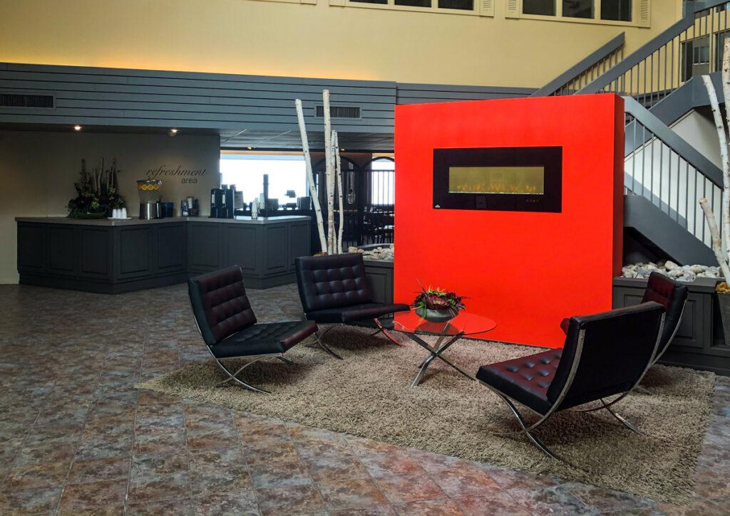 Travelway Inn, Sudbury Ontario lobby. Refreshment and comfortable seating area await